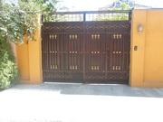 Продаю дом с мебелью (6 соток) в районе Мясокомбината.